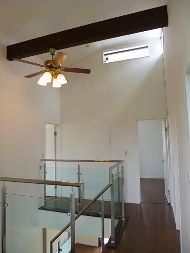 2Fホール・階段室